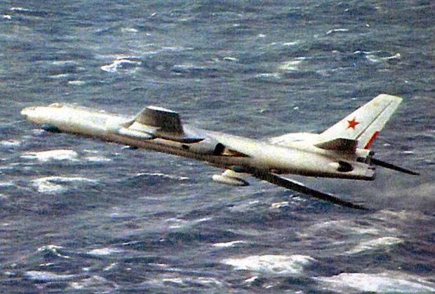 Разведчик Ту-16Р