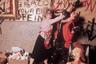 Уже через год Джармен снимет разнузданную экранизацию «Бури» — те же герои последней пьесы Шекспира, впрочем, действуют у него еще в более раннем «Юбилее». Вот он, подлинный панк на киноэкране: Ариэль и компания (включая Елизавету I) посреди веселого апокалипсиса погруженной в анархию Британии 1970-х.