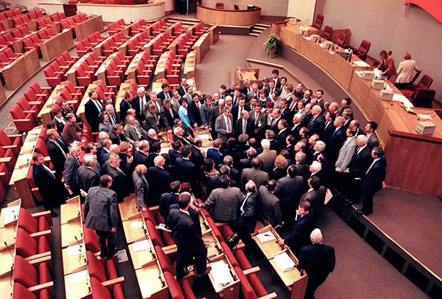 Фракция КПРФ на пленарном заседании Государственной Думы, 1999 год