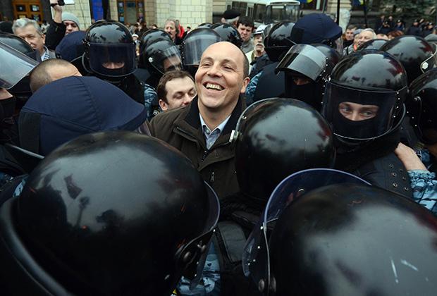 Осень 2011-го, очередная акция Парубия в центре Киева
