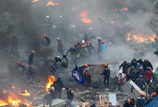 В карьерном листе Парубия есть должность коменданта Евромайдана