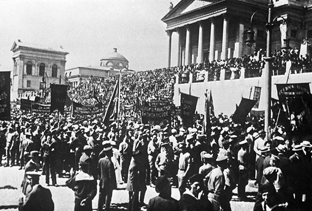 Митинг и манифестация в Гельсинфорсе (ныне Хельсинки) 18 июня 1917 года