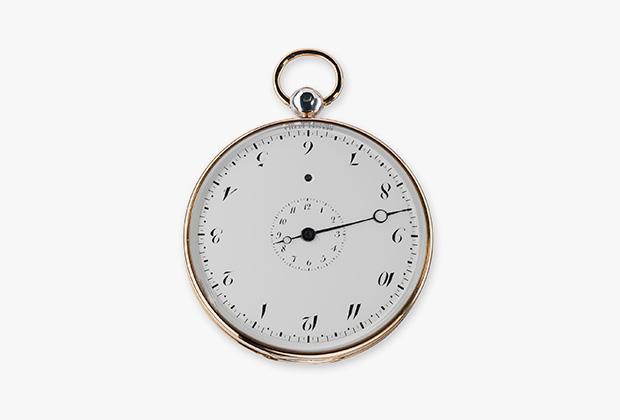 947 — подписные часы, корпус из гильошированного серебра с золотыми нитями, эмалевый циферблат для чтения в обоих направлениях, диаметр 60 миллиметров. Проданы в 1802 году графу Гевовскому за 7200 франков. Хранятся в Музее Лувра.