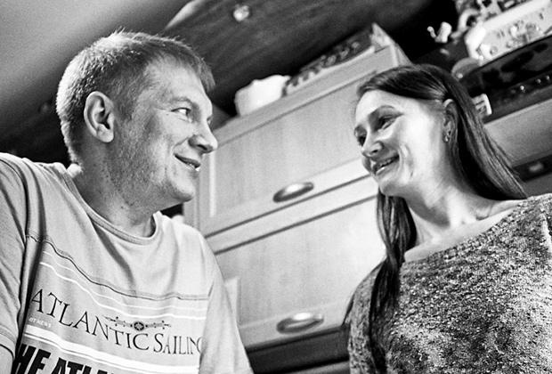Родители пятилетнего Паши — Дмитрий и Кристина Лапушкины