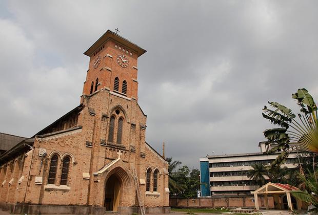 Собор святой Анны построен в 1914 году