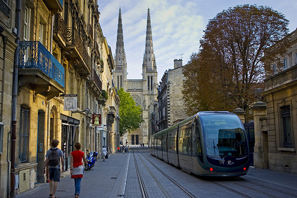 01AR0269 - New public transport ttram system by St Andre Cathedral, Bordeaux, France.