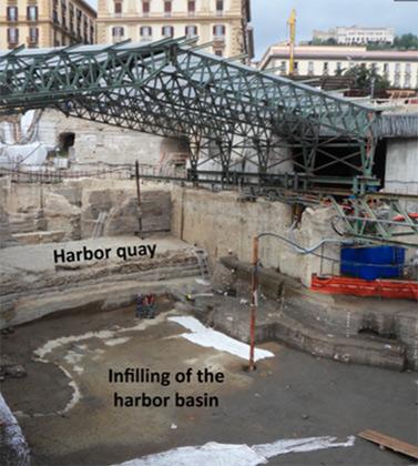 Место раскопок в Неаполе