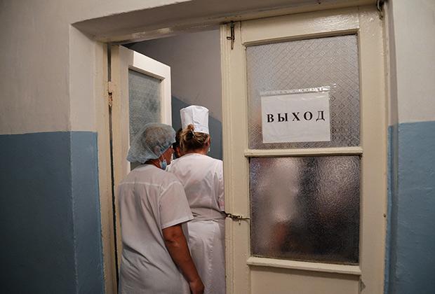 За 2014 год число медицинских работников в России сократилось на 90 тысяч