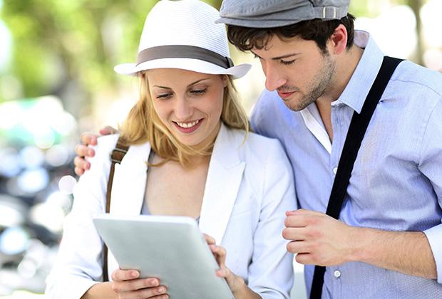 На сегодняшний день в базе у Booking.com более 895 тысяч объектов размещения