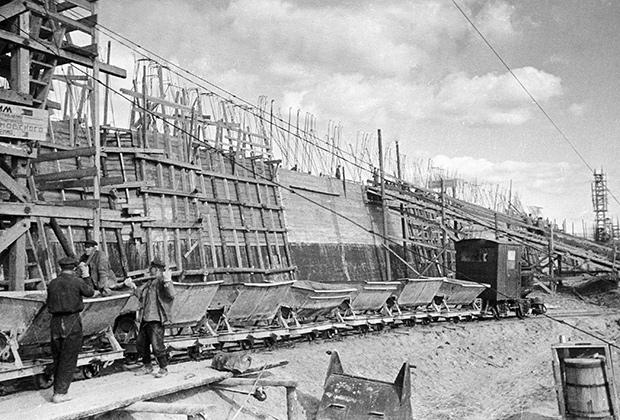 Строительство канала Москва — Волга, 1937 год