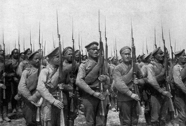 Русская пехота на марше