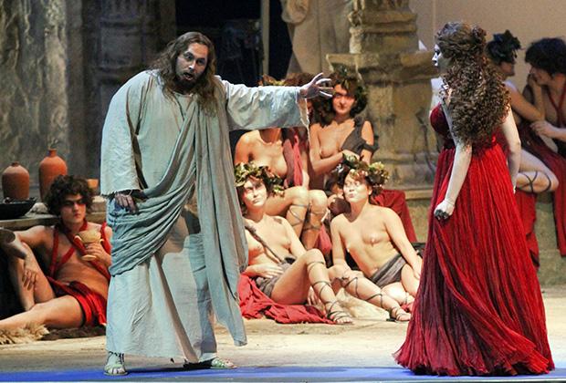 Опера Рихарда Вагнера «Тангейзер» в постановке Тимофея Кулябина на сцене Новосибирского государственного театра оперы и балета