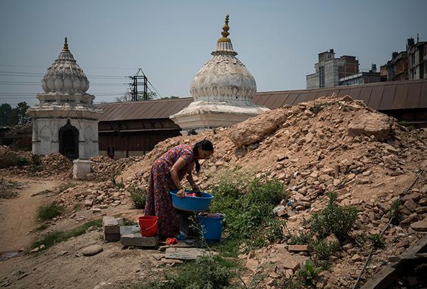 Покорители Эвереста в 2015 году погибли, не успев начать восхождение