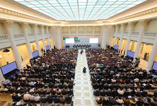 Тревожные прогнозы заняли важное место в рамках Международного финансового конгресса. Один из них сулит долгие годы отсутствия какой-либо определенности на рынках