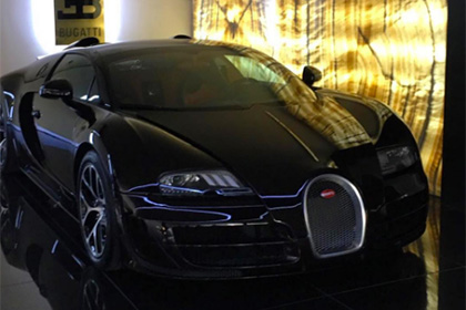 bugatti veyron. Black Bedroom Furniture Sets. Home Design Ideas
