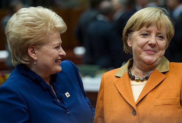 Президент Литвы (слева) с канцлером Германии Ангелой Меркель