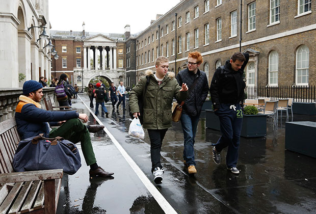 Kings College, Лондон