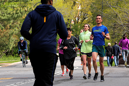 Ученые узнали вес ирост среднестатистического жителя Америки