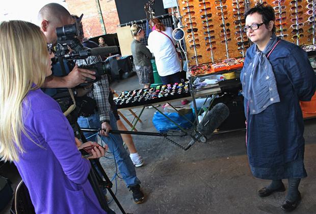 Марина Цурцумия общается с журналистами
