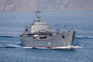 БДК «Саратов» в проливе Босфор