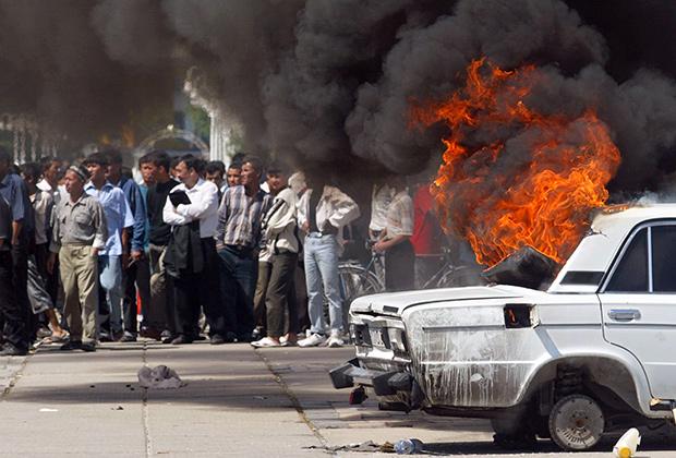 В 2005 году власти быстро и жестко подавили мятеж в Андижане