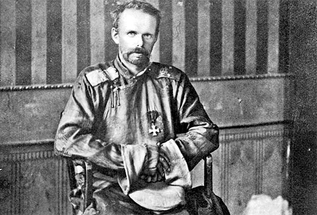 Барон Роман фон Унгерн-Штернберг в Иркутске на допросе в красноармейском штабе. Сентябрь 1921 г.