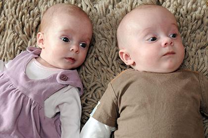Выявлен безопасный срок рождения близнецов