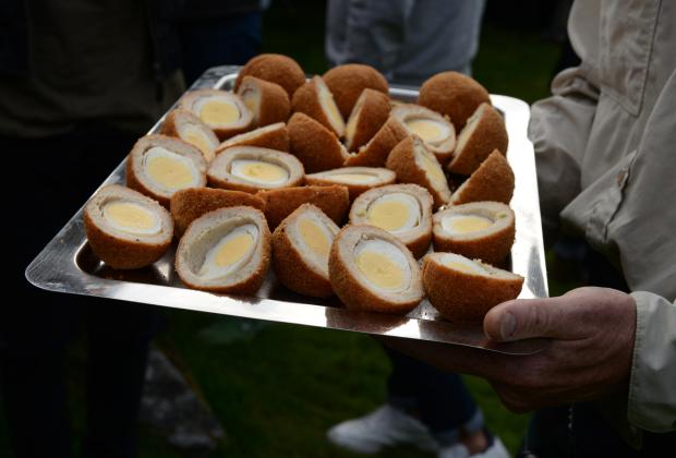 Яйцо по-шотландски успешно вписалось в местную традицию