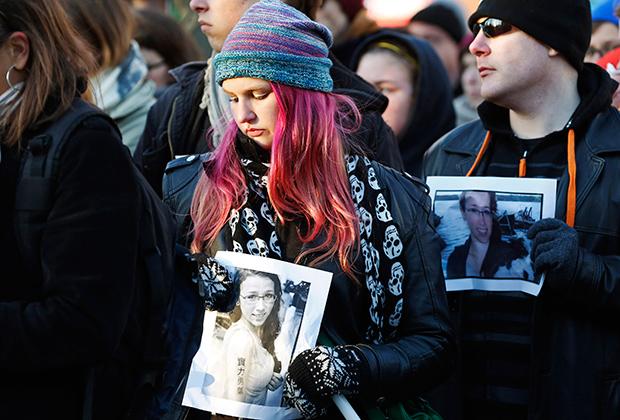 Жители Галифакса, где в последнее время проживала семья Парсонс, вышли на улицы в день смерти Реты