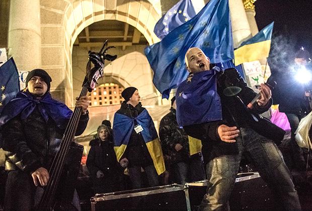 Участники одной из акций Майдана в Киеве