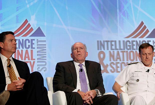 «Черный бюджет» спецслужб США оценивается почти в 53 миллиарда долларов. На фото: директор ФБР Джеймс Коми, глава ЦРУ Джон Бреннан и руководитель АНБ Майкл Роджерс.