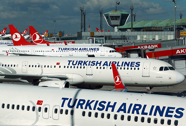 Роботы Чувака могли стать причиной обвала акций Turkish Airlines в апреле 2016 года.