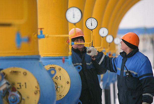 «Транснефть» обвиняла Украину в регулярном воровстве нефтепродуктов. Потери компании оценивались в 67 миллионов евро в год.