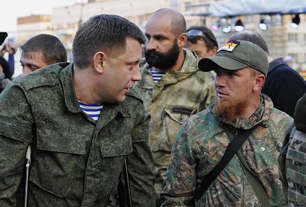 Александр Захарченко (слева) и Арсений Павлов (Моторола)