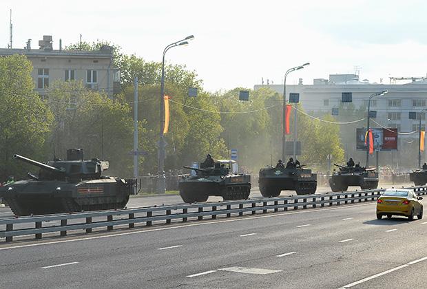 «Судя по отзывам, май — самое прекрасное время для поездки в Москву»