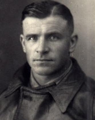 Латвийский летчик Герберт Цукурс активно участвовал в уничтожении евреев
