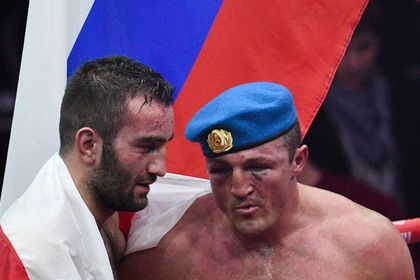 Мурат Гассиев (слева) и Денис Лебедев