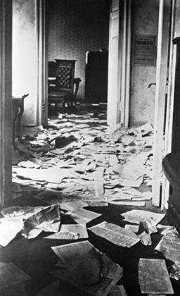 Обстановка в Таврическом дворце после разгона Учредительного собрания, 30 января 1918 года