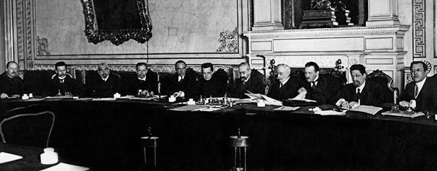 Первое Временное правительство под председательством князя Георгия Львова