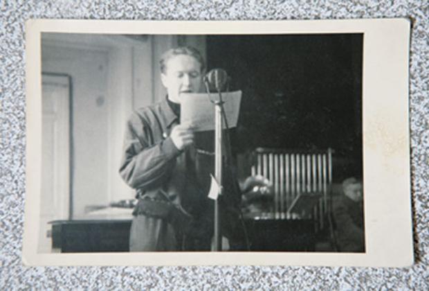 9 мая 1945 года молодой диктор Латвийского радио Альберт Паже первым сообщил жителям Риги о капитуляции Германии