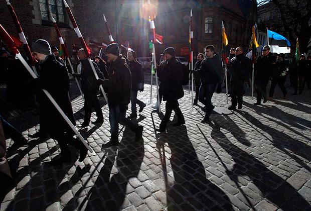 Ежегодно в Риге 16 марта проводится шествие националистов в память о легионе Waffen SS. Организаторы акции традиционно подчеркивают, что она проводится в память о борцах с «советской оккупацией»