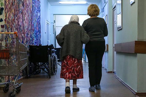 Пациентка с родственницей в Центре паллиативной медицины