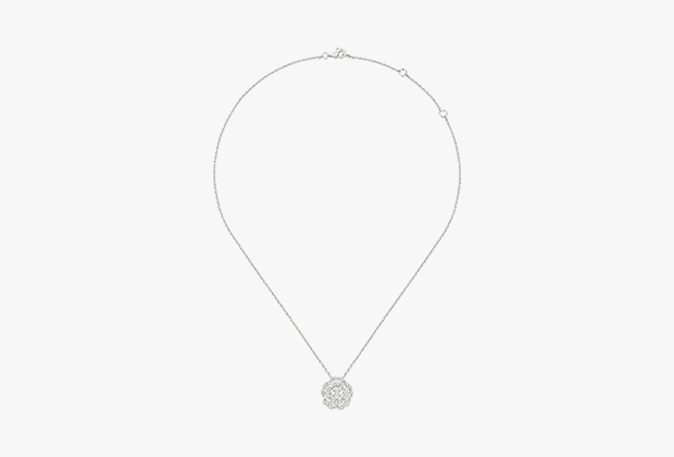Серьги Bouton de Camélia, белое золото, бриллианты