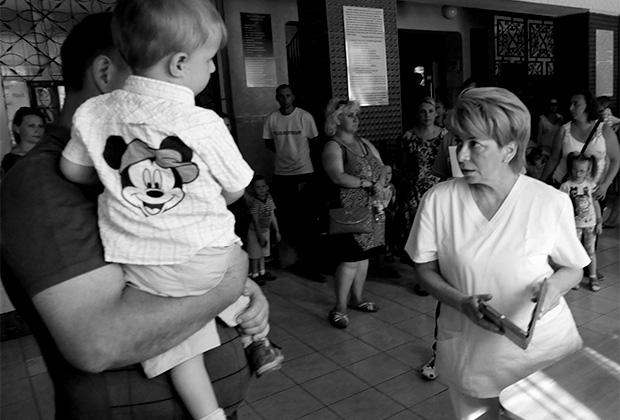 В Республиканской клинической больнице в Донецке перед отправкой тяжелобольных детей на лечение в Россию
