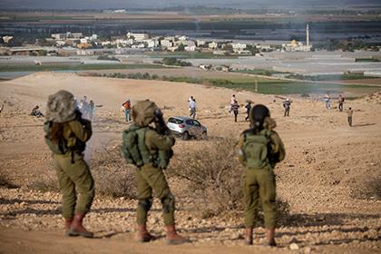 Израильские солдаты во время демонстрации против строительства еврейских поселений в Иорданской долине