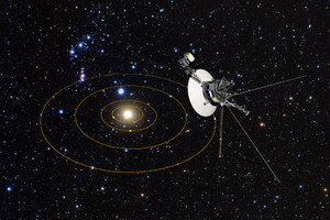 Станция Voyager 1 на удалении от орбит планет (в представлении художника)