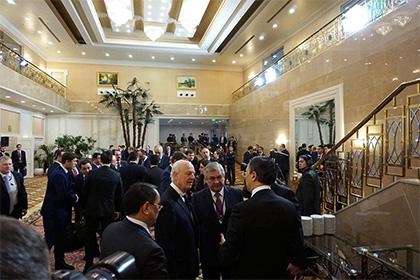 Сирийская оппозиция иДамаск неподписывают коммюнике стран— гарантов перемирия вАстане