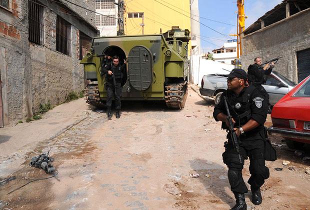 Зачистка фавел в Рио