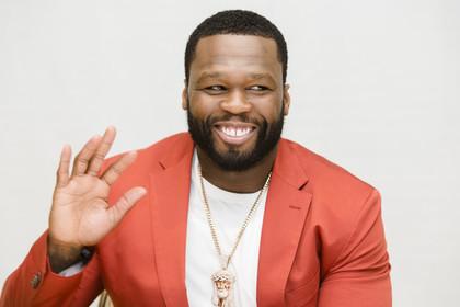 Рэпер 50 Cent вылез издолговой ямы