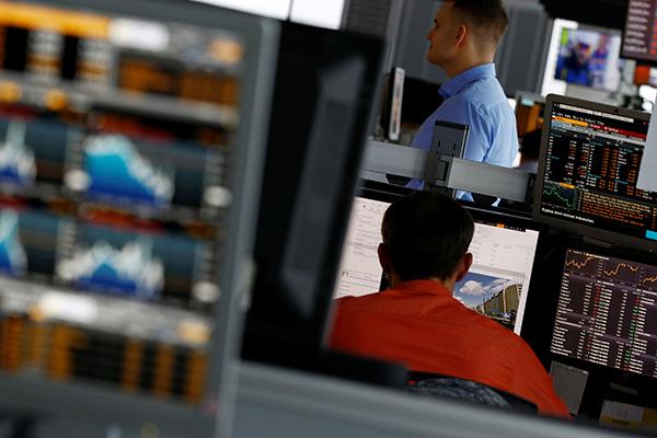 В S&P предсказали сохранение у Российской Федерации  «мусорного» рейтинга надва года